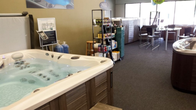 local-hot-tub-dealers-colorado